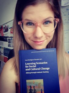 "Today I received ""Learning Scenarios for Social and Cultural Change. Bildung through Academic Teaching"" - including my article!"